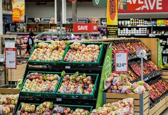A supermarket chain in Poland implements AI